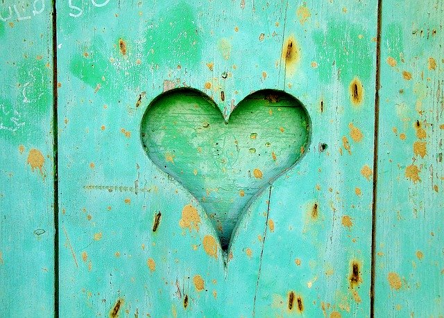 green-heart-carved-into-green-wood